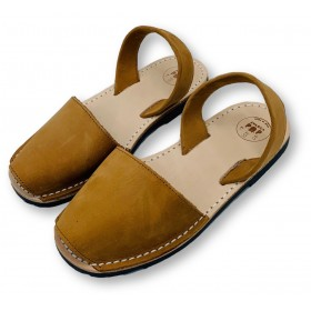 Kids Flat Tan Nubuck